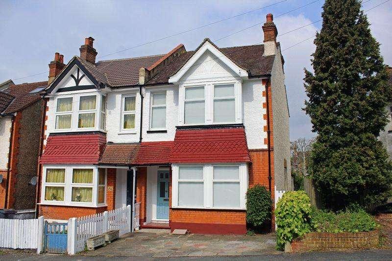 3 Bedrooms Semi Detached House for sale in Edgar Road, Sanderstead, Surrey