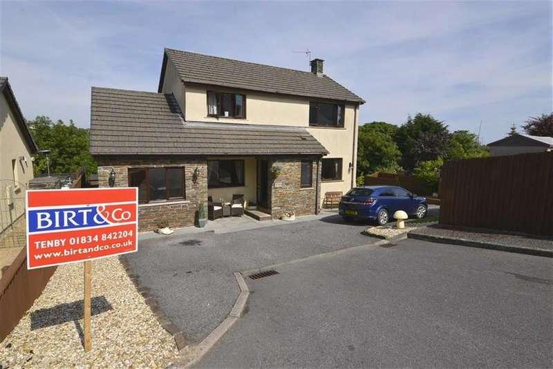 3 Bedrooms House for sale in Oak Tree Corner, 7, Pen-y-bryn, Kilgetty, Pembrokeshire, SA68