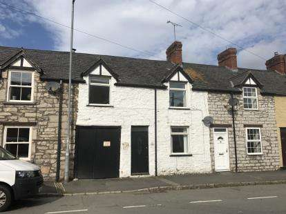 2 Bedrooms House for sale in Mwrog Street, Ruthin, Denbighshire, LL15