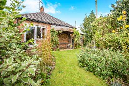 3 Bedrooms Bungalow for sale in Burnham Market, King's Lynn, Norfolk