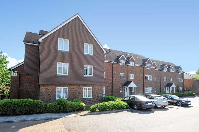 2 Bedrooms Apartment Flat for sale in 2 BED, 2 BATH CLOSE TO APSLEY TRAIN STATION with NO UPPER CHAIN!