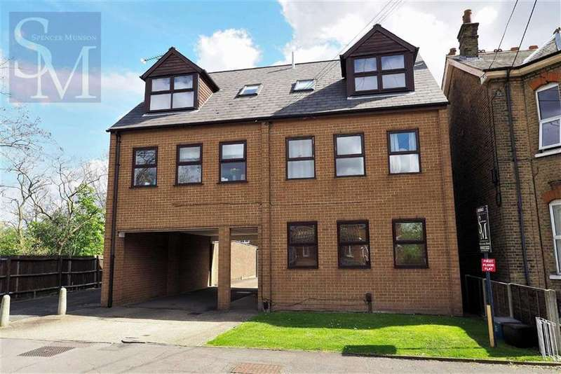 1 Bedroom Flat for sale in Washington Road, South Woodford, London