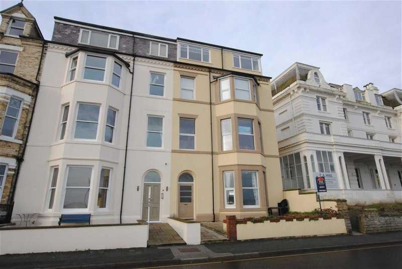 2 Bedrooms Apartment Flat for sale in The Beach, Filey, YO14