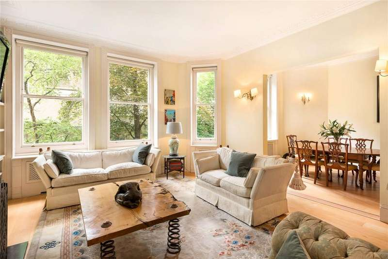 3 Bedrooms Flat for sale in Campden Hill Court, Campden Hill Road, Kensington, London
