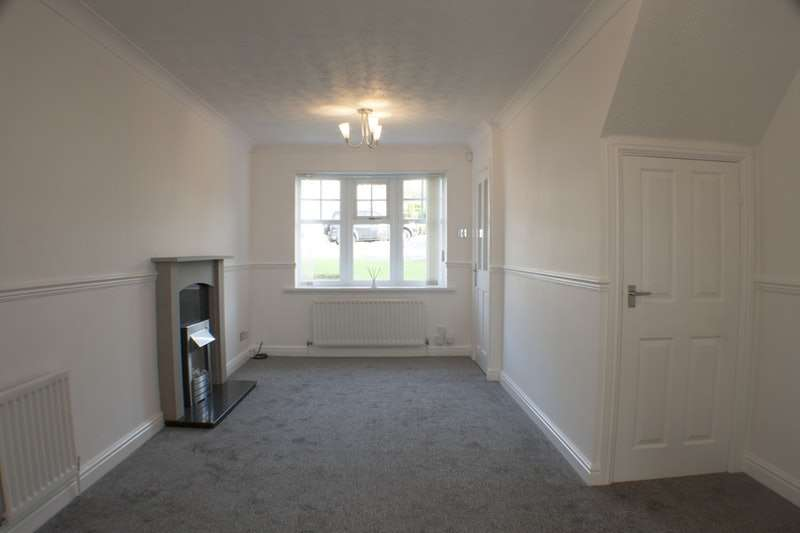 2 Bedrooms Terraced House for sale in Ness Court, Newcastle, Tyne and Wear, NE21