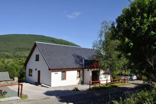 5 Bedrooms Detached House for sale in Fearann Ruadh School Road, Strachur, Cairndow, PA27 8DH