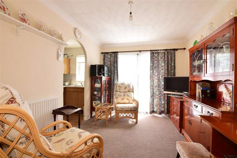 1 Bedroom Bungalow for sale in Curtiss Gardens, Gosport, Hampshire