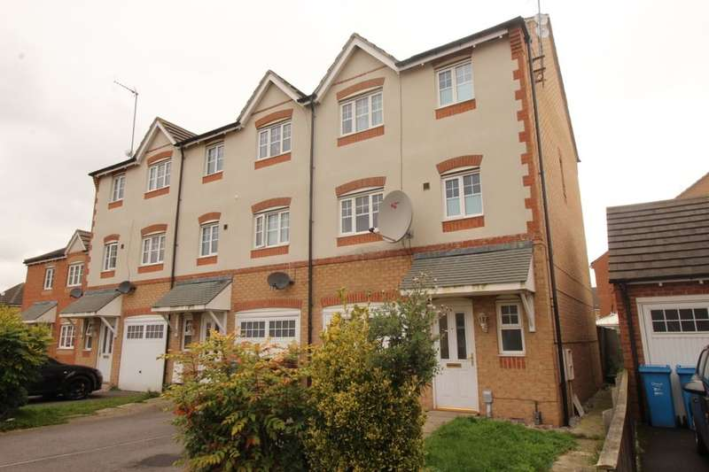 4 Bedrooms Terraced House for sale in Hainsworth Park, Hull, HU6