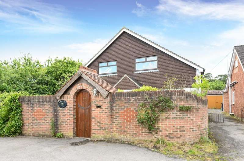 5 Bedrooms Detached Bungalow for sale in Durrants Road, Rowland's Castle, PO9