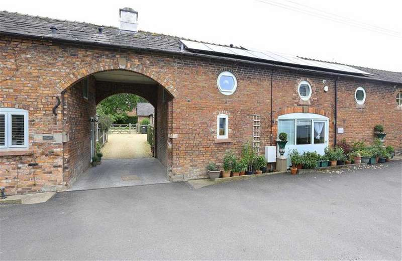 3 Bedrooms Barn Conversion Character Property for sale in Nantwich Road, Nantwich, Cheshire