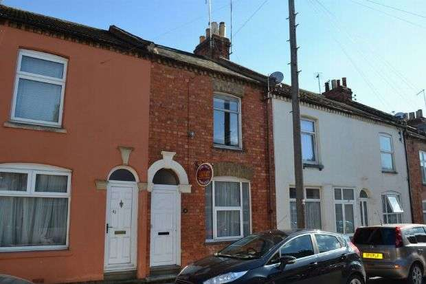 2 Bedrooms Terraced House for sale in Grove Road, The Mounts, Northampton NN1 3LJ