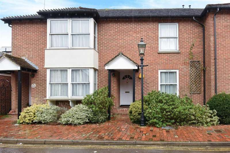 2 Bedrooms Apartment Flat for sale in Tarrant Wharf, Arundel