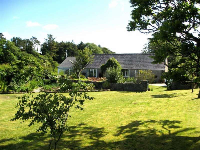 3 Bedrooms Detached House for sale in Llanallgo, Isle Of Anglesey