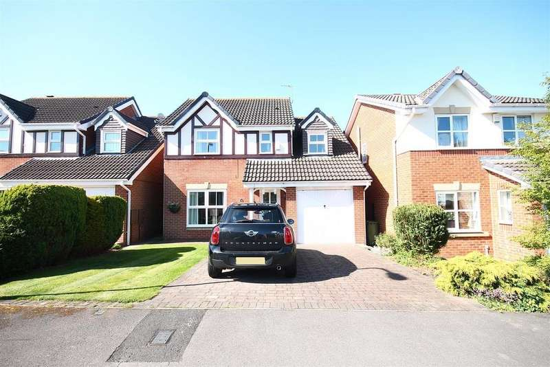 4 Bedrooms Detached House for sale in Pembroke Drive, Ingleby Barwick, Stockton-On-Tees