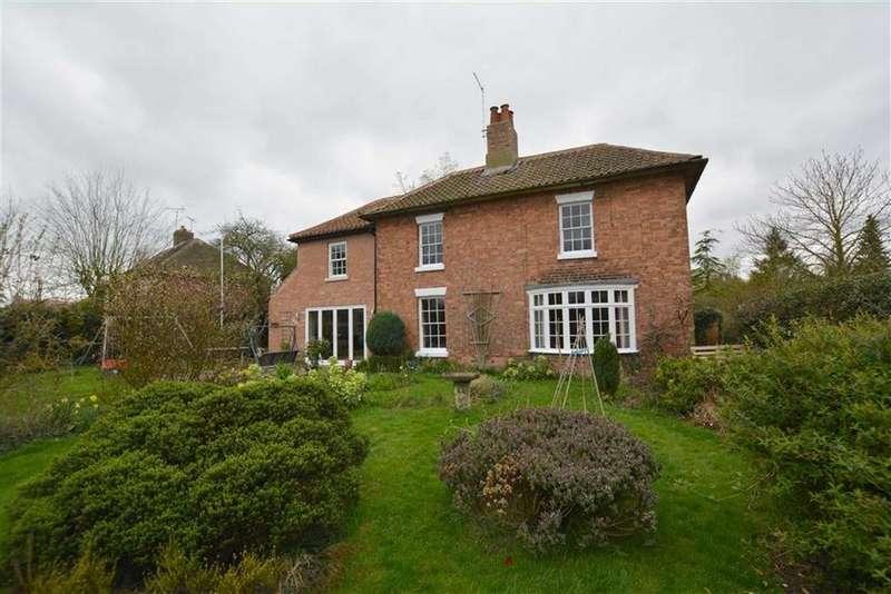 4 Bedrooms Detached House for sale in Kirklington Road, Eakring, Nottinghamshire, NG22
