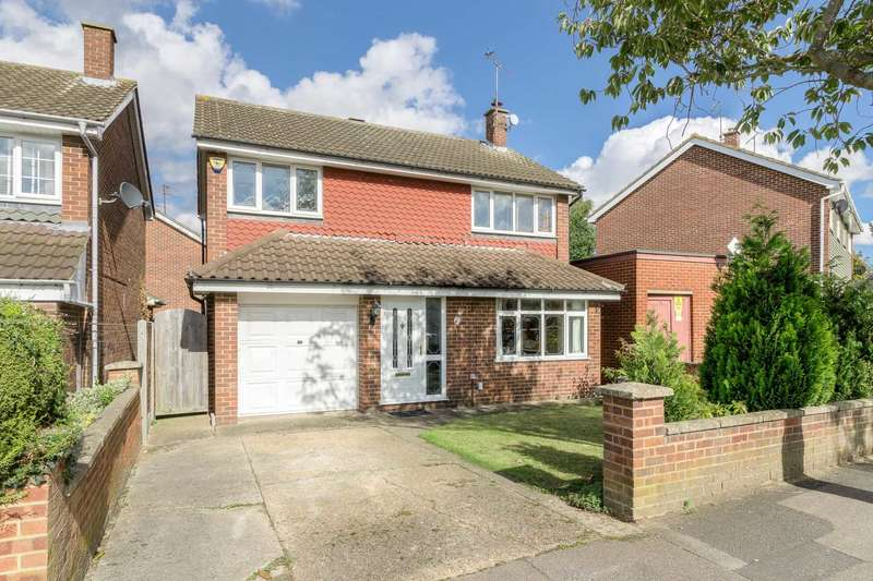 4 Bedrooms Detached House for sale in Spenlows Road, Bletchley