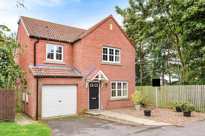 4 Bedrooms Detached House for sale in Low Medstone Drive, Easingwold, York, YO61 3GJ