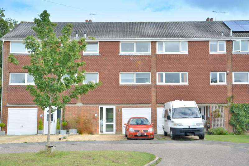 3 Bedrooms Terraced House for sale in Dereham Way, Branksome, Poole, BH12 1LZ