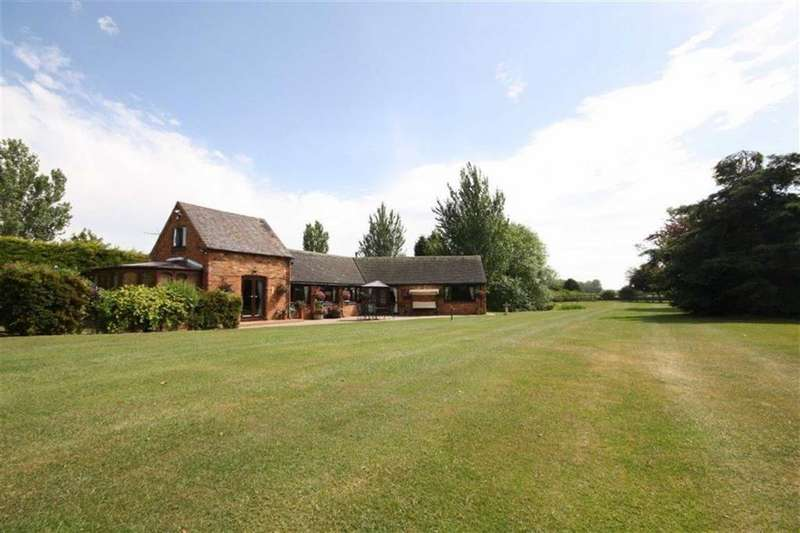 3 Bedrooms Barn Conversion Character Property for sale in Drayton Lane, Fenny Drayton, Nuneaton
