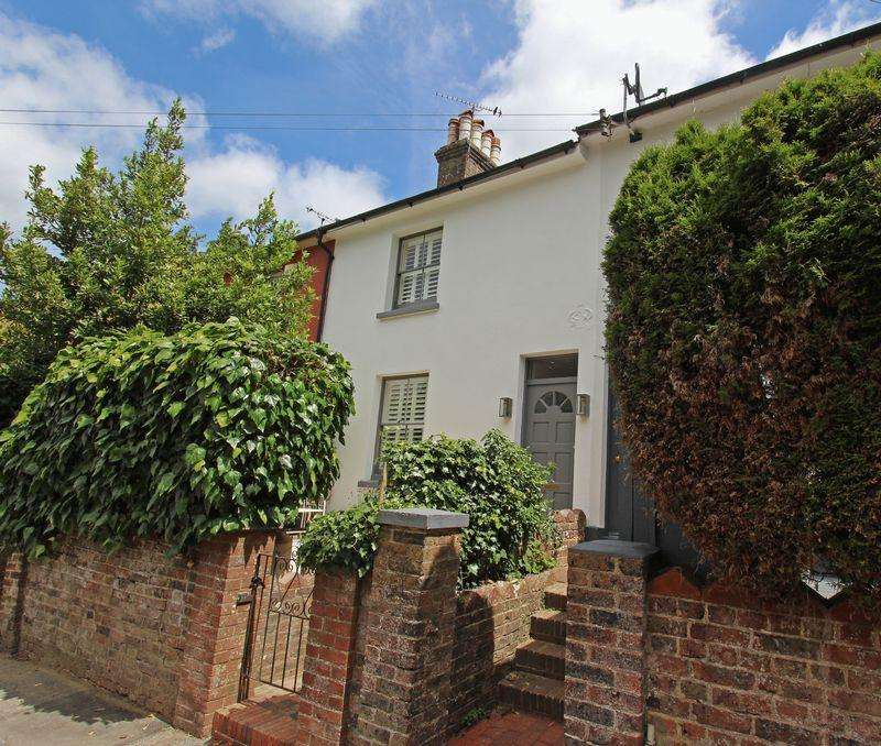 2 Bedrooms Terraced House for sale in Western Road, Hurstpierpoint