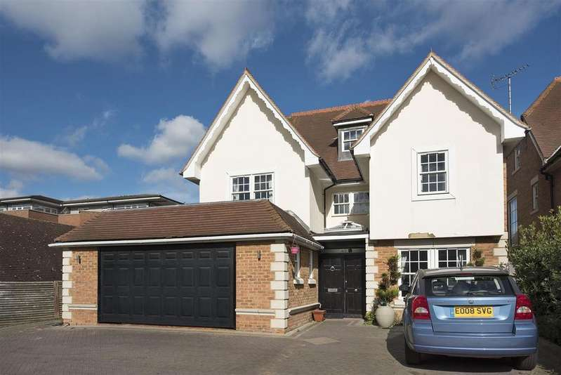 6 Bedrooms Detached House for sale in Allandale Avenue, N3
