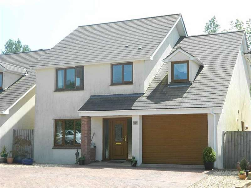 4 Bedrooms Detached House for sale in Bickington, Devon, TQ12