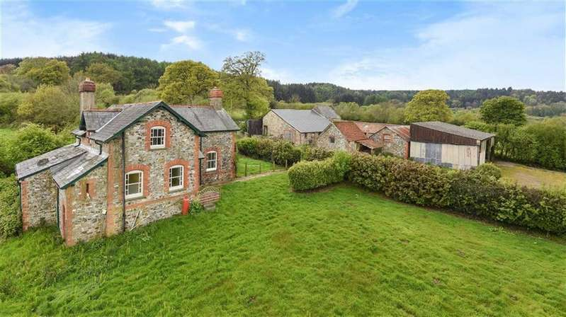 5 Bedrooms Detached House for sale in Staple Fitzpaine, Taunton, Somerset, TA3
