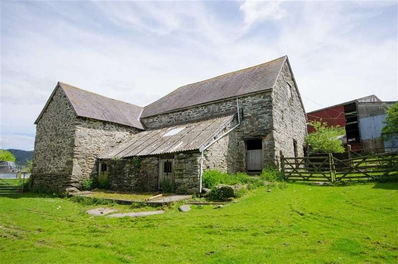 5 Bedrooms Detached House for sale in Holyhead Road, Llidiart-y-parc, Corwen, Corwen