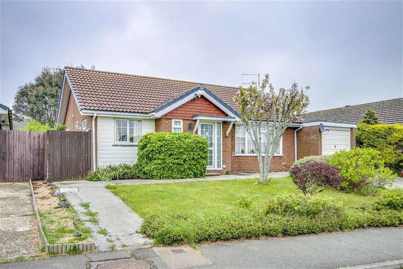 2 Bedrooms Detached Bungalow for sale in The Ridings, Seaford