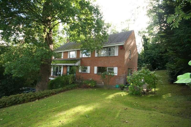 5 Bedrooms Detached House for sale in Mill Lane, Gerrards Cross, SL9