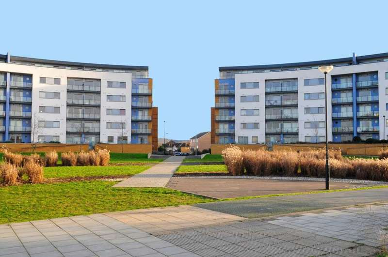 2 Bedrooms Apartment Flat for sale in Tideslea Path, London, SE28 0NH