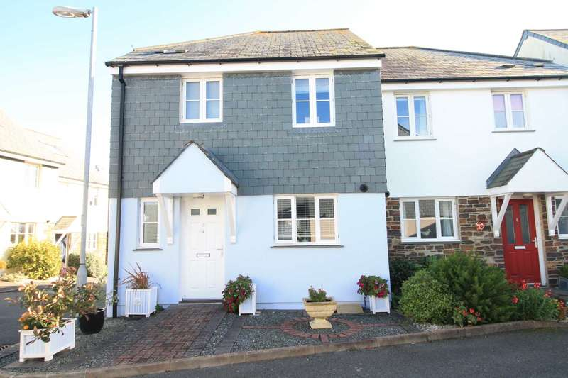 3 Bedrooms Semi Detached House for sale in East Looe