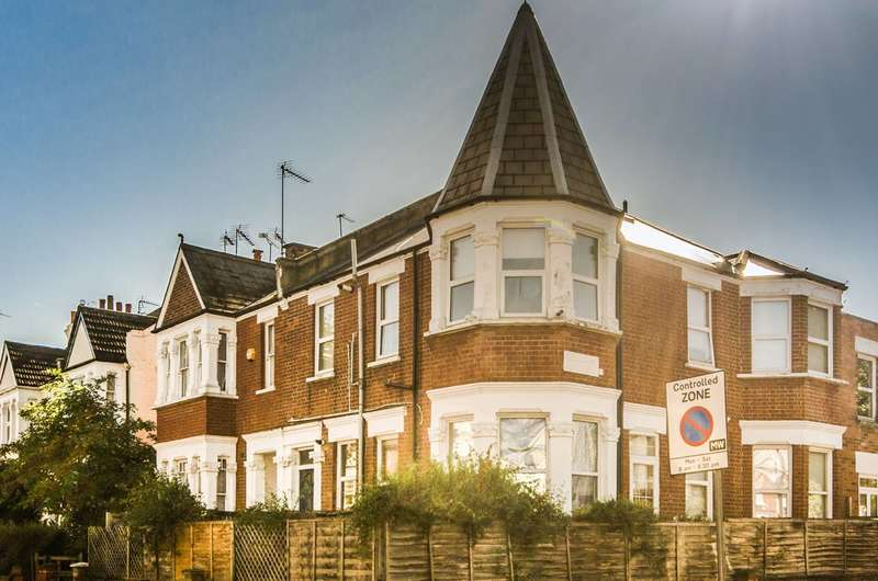 2 Bedrooms Flat for sale in Melrose Avenue, Willesden Green, NW2