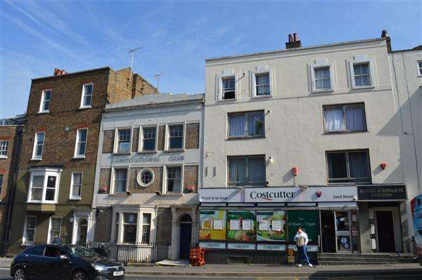3 Bedrooms Apartment Flat for sale in Cecil Street, Margate