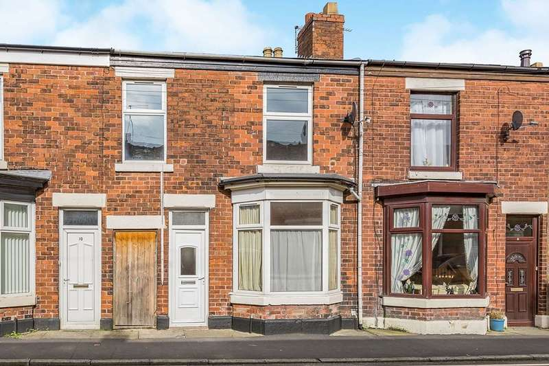 3 Bedrooms Terraced House for sale in Devonshire Road, Chorley, PR7