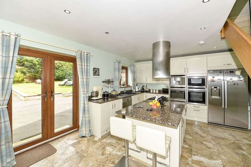 4 Bedrooms Detached Bungalow for sale in Betton Rise, East Ayton, Scarborough, YO13