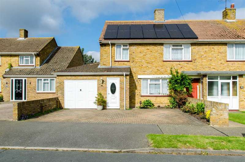 3 Bedrooms Semi Detached House for sale in Linden Close, Sittingbourne