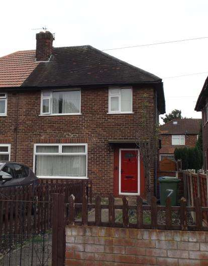 3 Bedrooms Semi Detached House for sale in Lee Crescent, Stretford, Manchester, Greater Manchester
