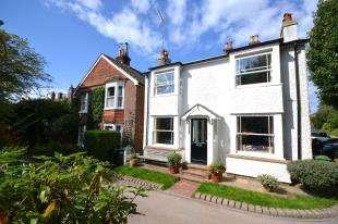 2 Bedrooms Detached House for sale in Poona Road, Tunbridge Wells, Kent