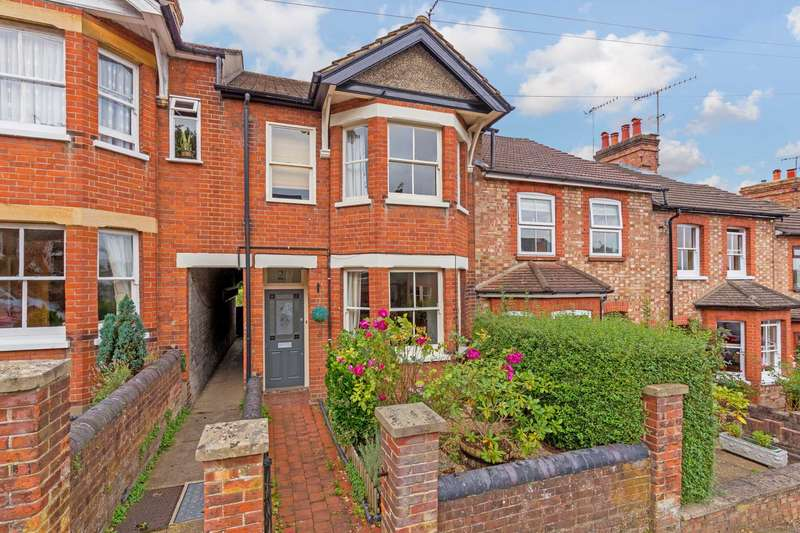3 Bedrooms House for sale in Shrublands Avenue, Berkhamsted