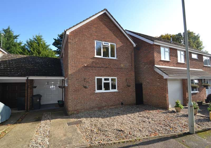 3 Bedrooms Semi Detached House for sale in Pynchbek, Bishop's Stortford