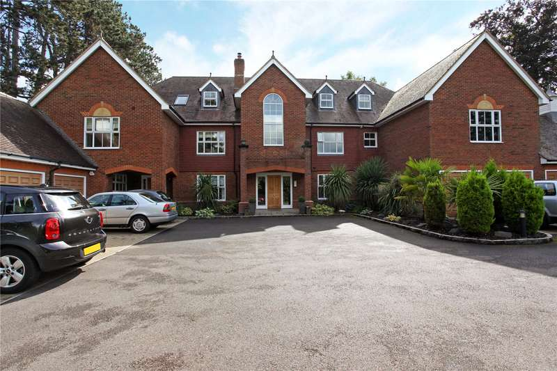 2 Bedrooms Flat for sale in Clareways, Lady Margaret Road, Ascot, Berkshire, SL5