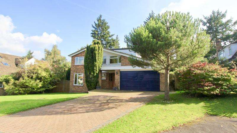 4 Bedrooms Detached House for sale in Reyners Green, Little Kingshill HP16