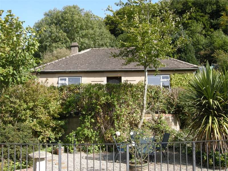 2 Bedrooms Detached Bungalow for sale in Thrupp Lane, Thrupp, Stroud, Gloucestershire
