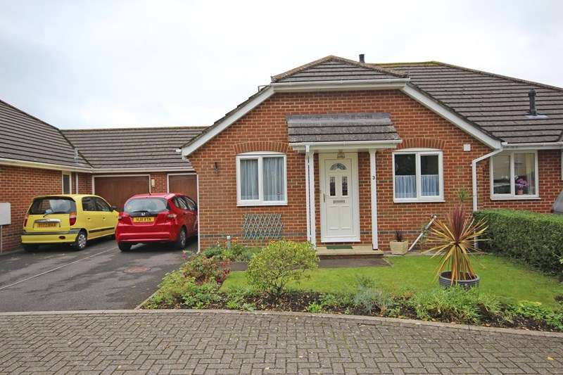 2 Bedrooms Semi Detached Bungalow for sale in May Gardens, Walkford, Christchurch