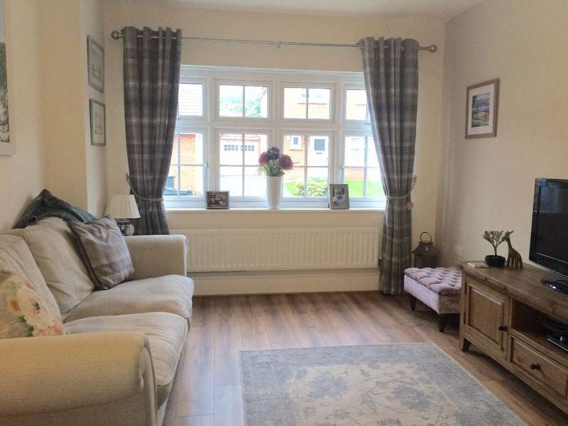 3 Bedrooms Semi Detached House for sale in 4 Evington Drive, Summerhill Park, Liverpool, L14