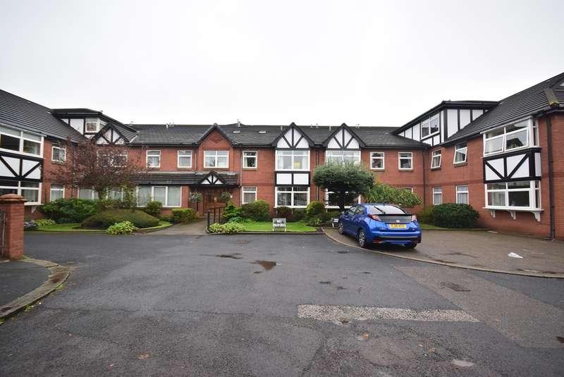 2 Bedrooms Apartment Flat for sale in Sandhurst Avenue, Lytham St Annes, FY8