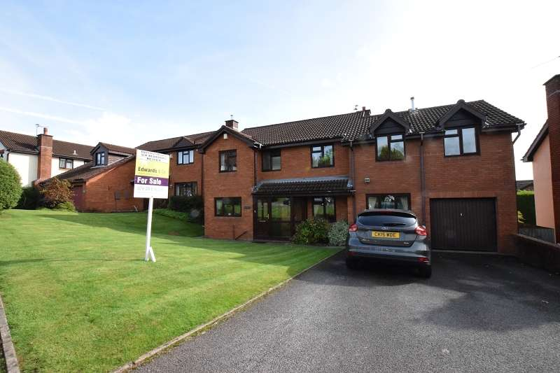 6 Bedrooms Detached House for sale in Mayfair Drive, Thornhill, Cardiff. CF14 9EN