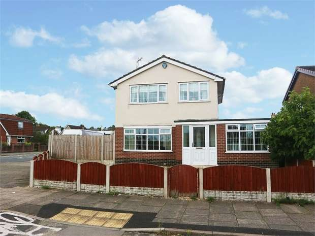 4 Bedrooms Detached House for sale in Clap Gate Lane, Wigan, Lancashire