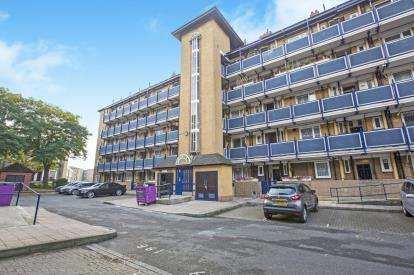 2 Bedrooms Flat for sale in Cephas Street, London, Uk